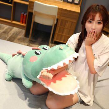 可爱大牙鳄鱼 睡觉夹腿抱枕 70cm两色可选 25元包邮