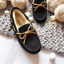 DK Sheepskin UGG DK201H 女士加绒豆豆鞋 *2件 390.58元含税包邮(立减,合195.29元/