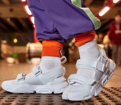 21日0点: LI-NING 李宁 AGCP107 男子休闲鞋 119元(限前500件)