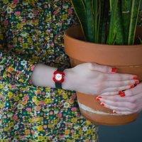 ¥330(国内¥800+) Orla Kiely 英国小众花朵女表 溢出屏幕的童真