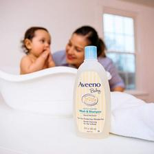Aveeno 艾维诺 婴儿洗发&沐浴二合一532ml*3件 2.8折 直邮中国 ¥60.6