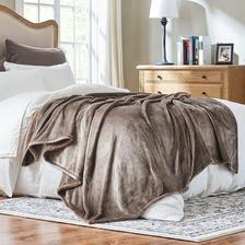 考拉工厂店 加厚金狐绒毛毯 可盖可铺 低至94.52元