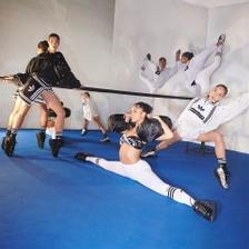最高满减$40!eBay:adidas 阿迪达斯旗舰店 精选男女运动服饰、运动鞋等
