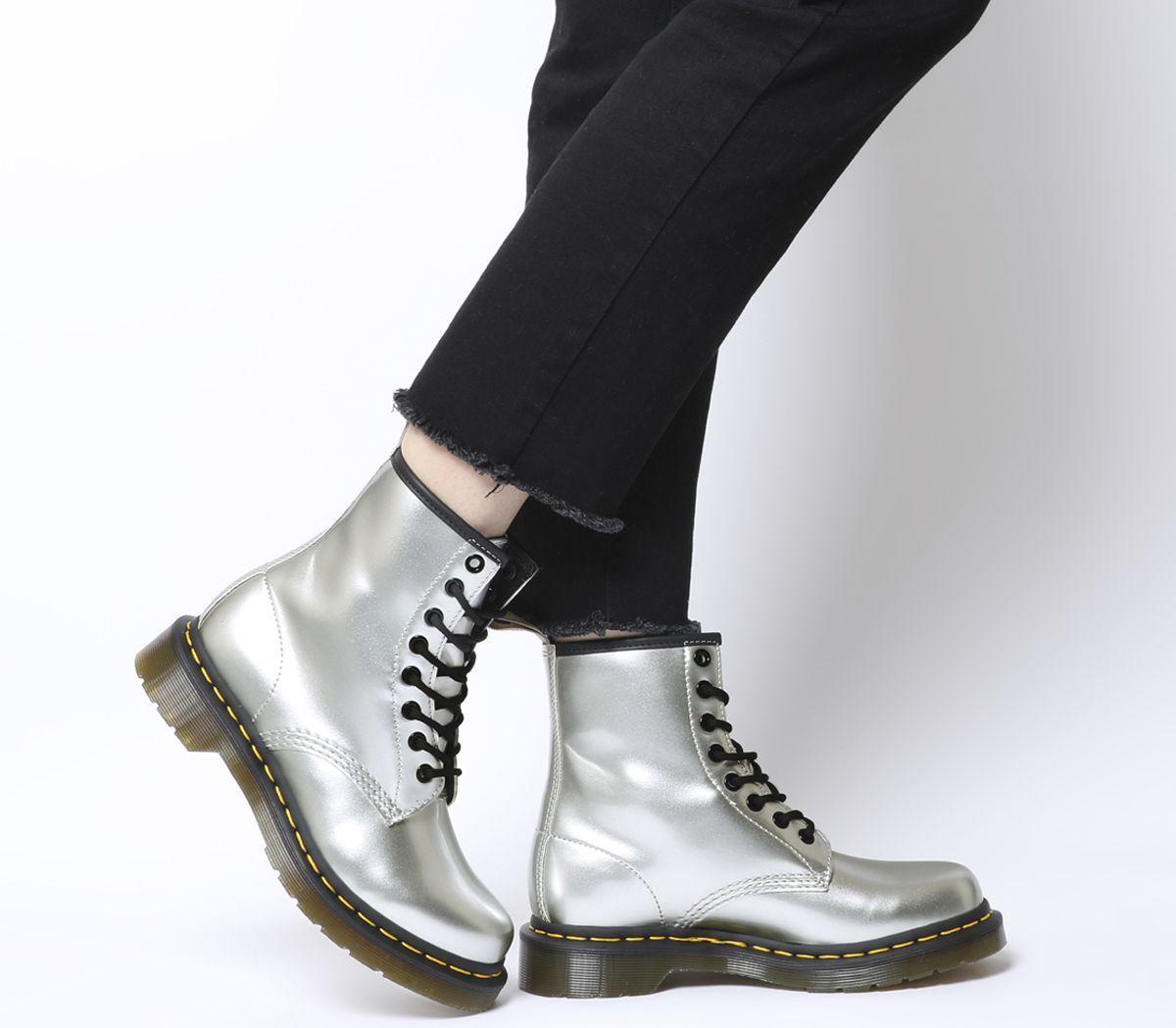 折合585元 Dr. Martens 1460 金属银色八孔马丁靴