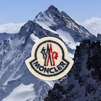 Logo围巾仅¥2800+直邮中国 Moncler 羽皇热卖 冬季必备超轻便羽绒外套