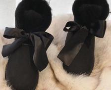 UGG Gita Bow Mini系列 女士蝴蝶结装饰皮毛一体雪地靴 599元包邮