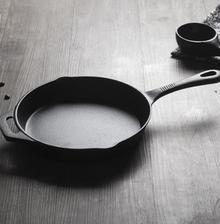 ¥39.9 当当优品 手工铸铁平底煎锅 24CM