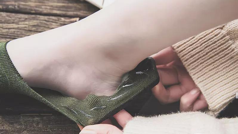 3倍差价!台湾产 5双装 MarCella 玛榭 女款隐形纯棉硅胶防滑船袜 15.9元包邮(台湾59台币1双) 买手党-买手聚集的地方